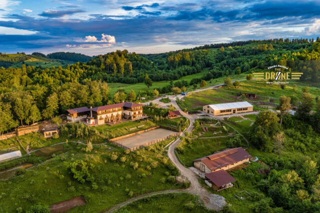 Fotografii aeriene cu drona - Pensiunea Potcoava